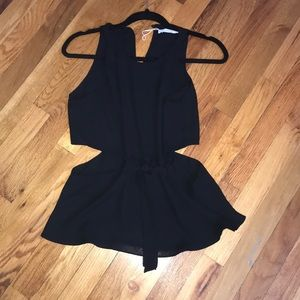 Black top (shows your waist)